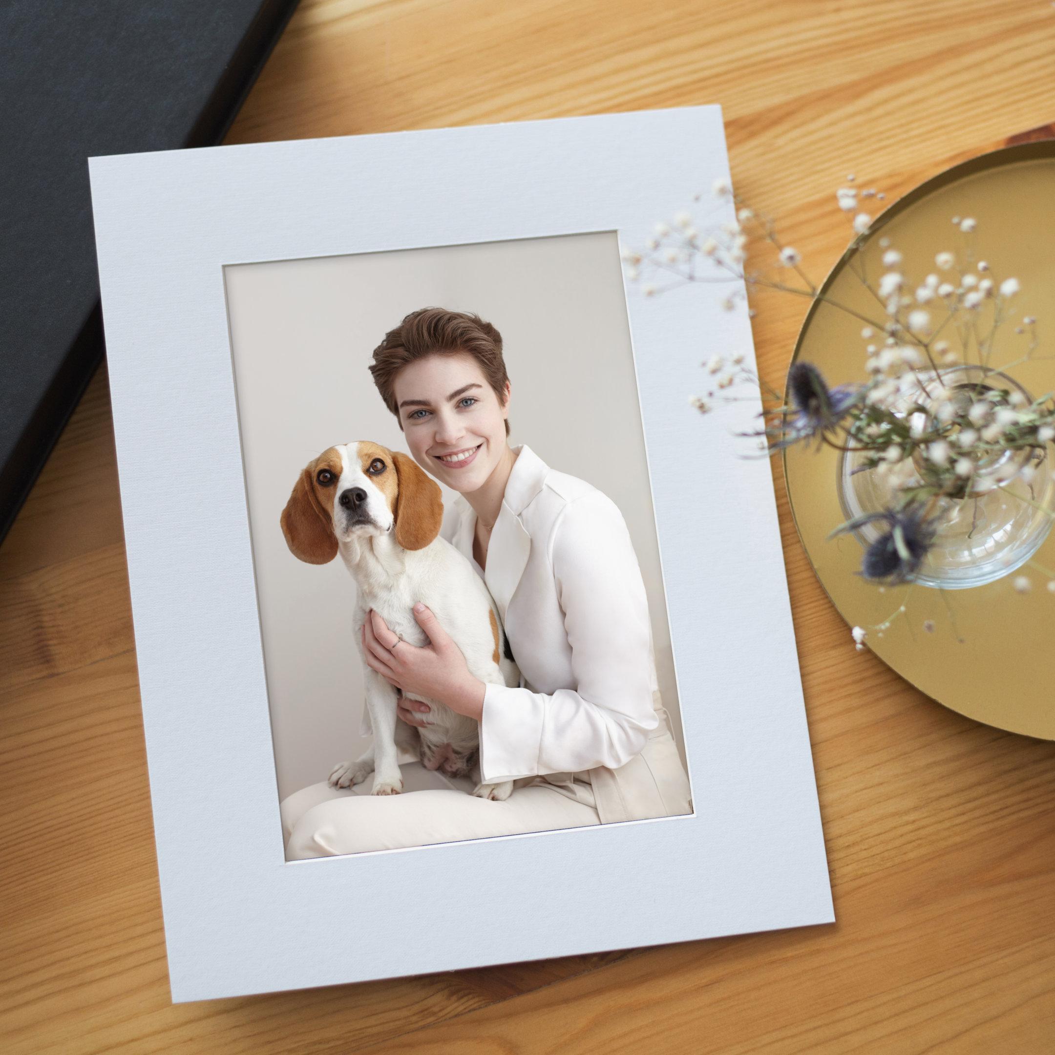 retrato de chica con perro