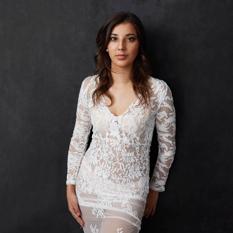 vestido-blanco-encaje-largo-sesion-de-fotos-madrid-cristina-robles